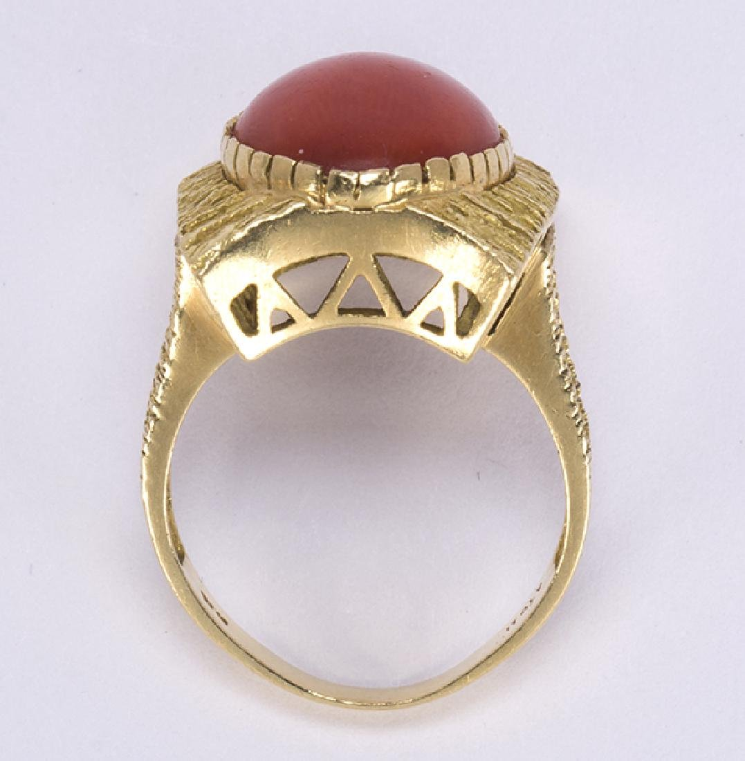 Coral and 18k yellow gold ring - 4