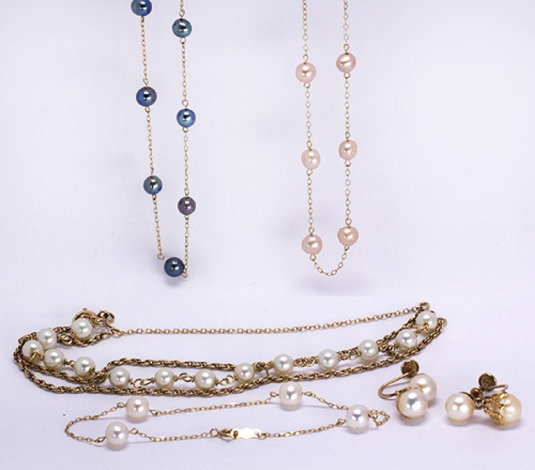 (Lot of 5) Cultured pearl and yellow gold jewelry