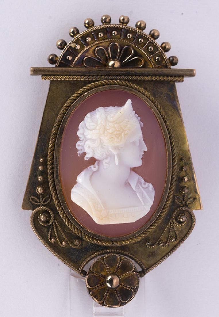 Victorian agate cameo and 14k yellow gold