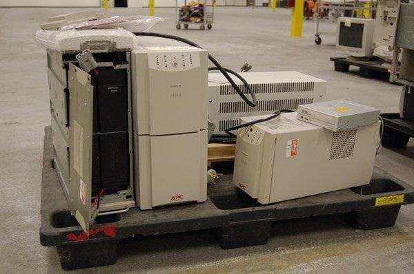 8181: Smart-UPS 2200XL, 1400, PowerVar - 2