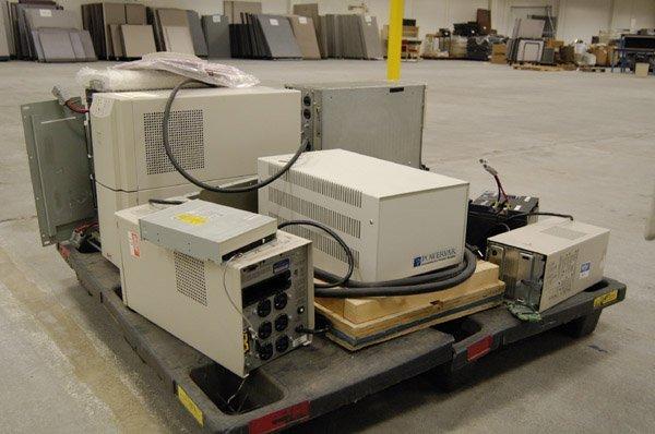 8181: Smart-UPS 2200XL, 1400, PowerVar - 3