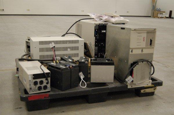 8181: Smart-UPS 2200XL, 1400, PowerVar - 4