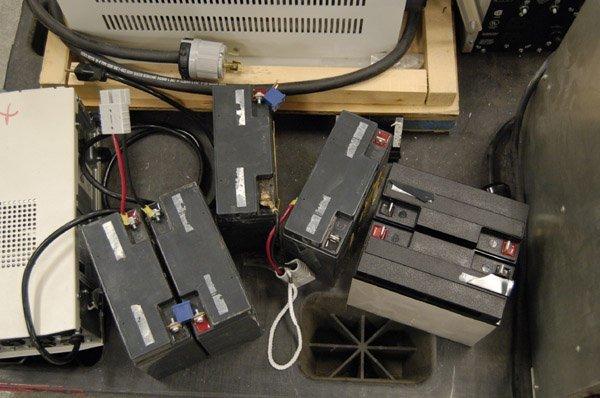 8181: Smart-UPS 2200XL, 1400, PowerVar - 5