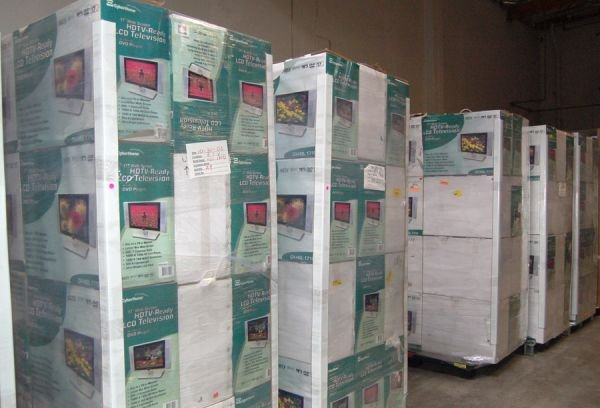 8442: Lot of 5 pallets of store return LCD televisions