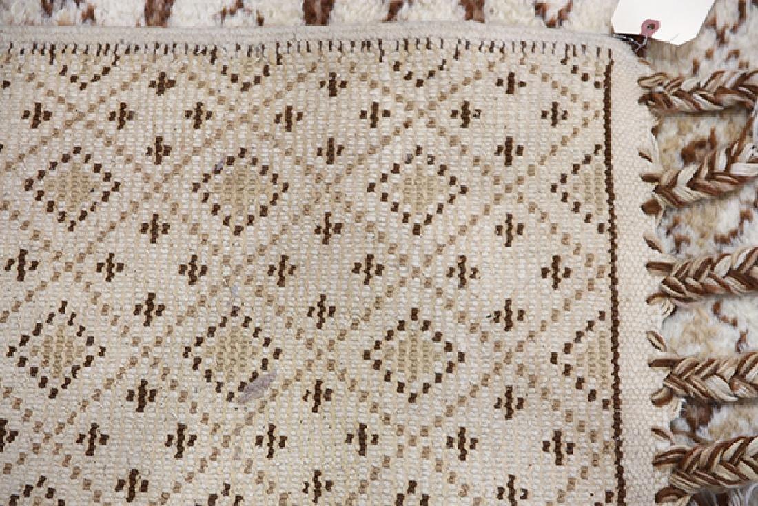 Mid Century Moroccan carpet - 4