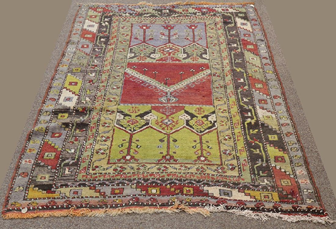 "Turkish Prayer rug, 4' x 5'6"""