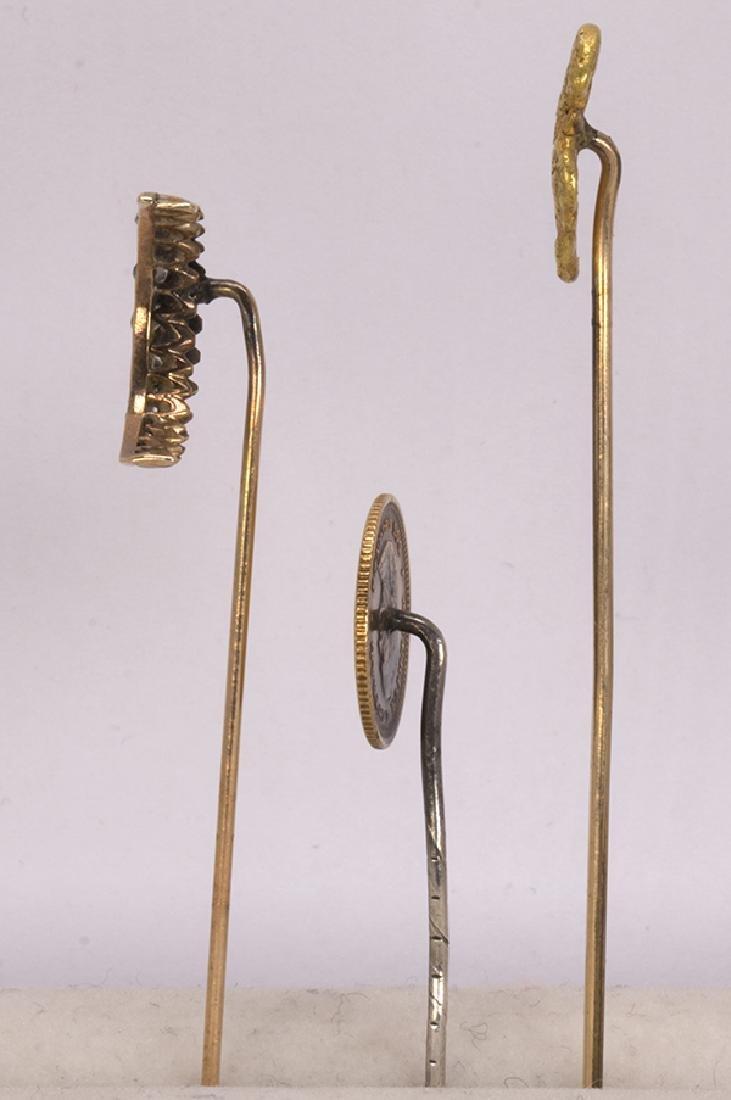 (Lot of 3) Diamond and yellow gold stickpins - 2