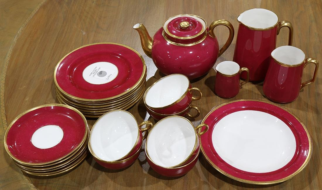 (lot of 25) Royal Doulton partial dinner service