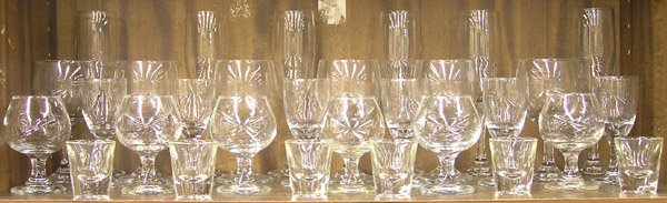 6212: Glassware barware brandy Reidel