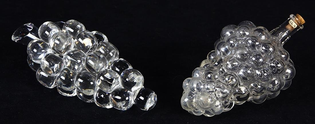 (lot of 2) Art glass group, consisting of a figural