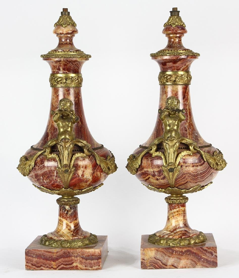 Pair of Louis XV style marble urns, each having a - 2