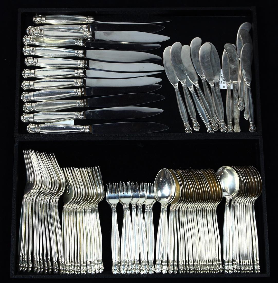 (lot of 96) Manchester sterling silver flatware,