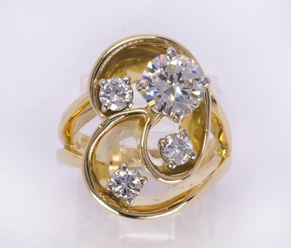 Diamond and 18k yellow gold ring