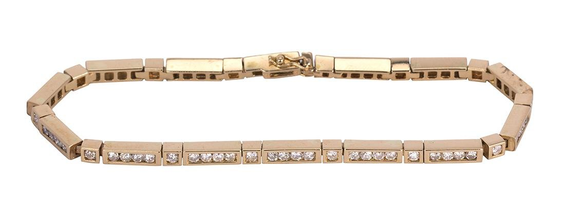 Diamond and 14k yellow gold bracelet