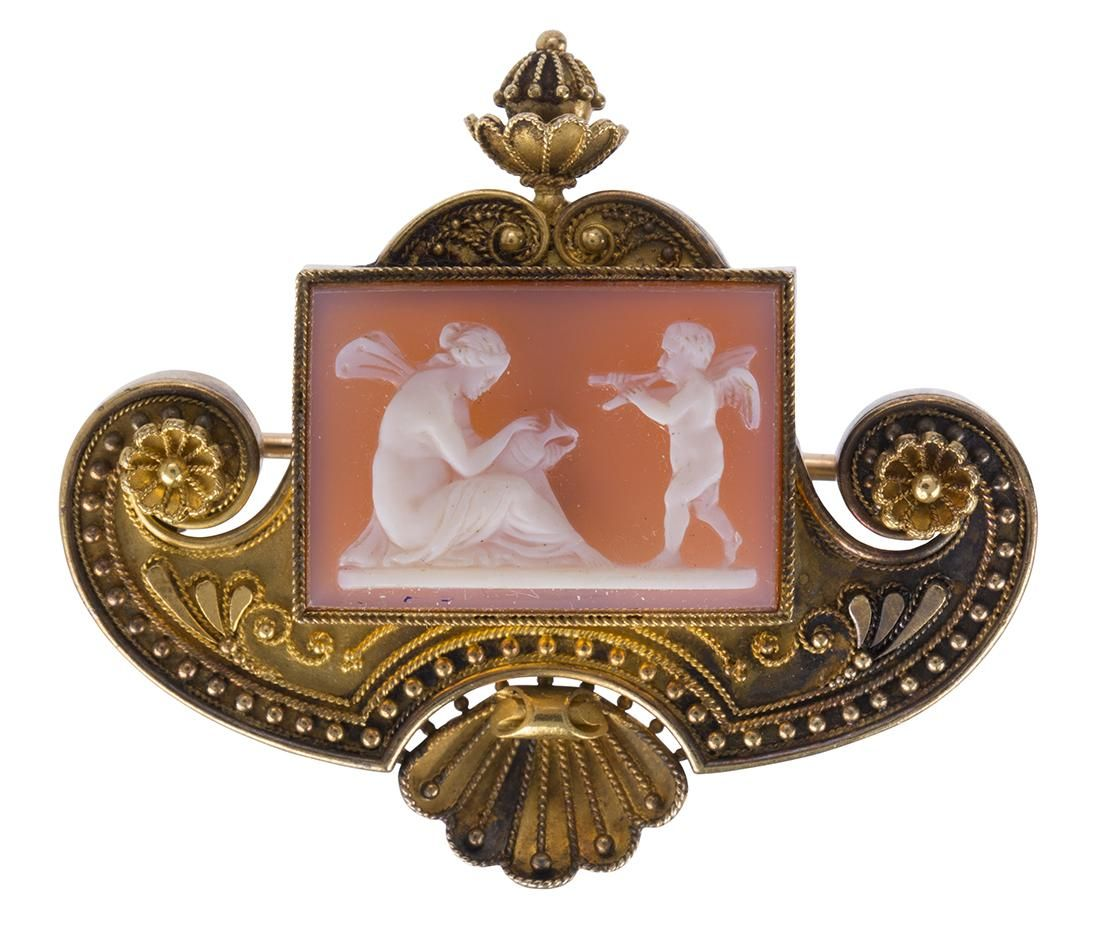 Victorian Etruscan Revival hardstone cameo, 14k yellow
