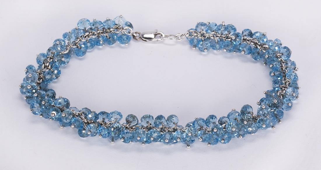 Blue topaz and 18k white gold bracelet