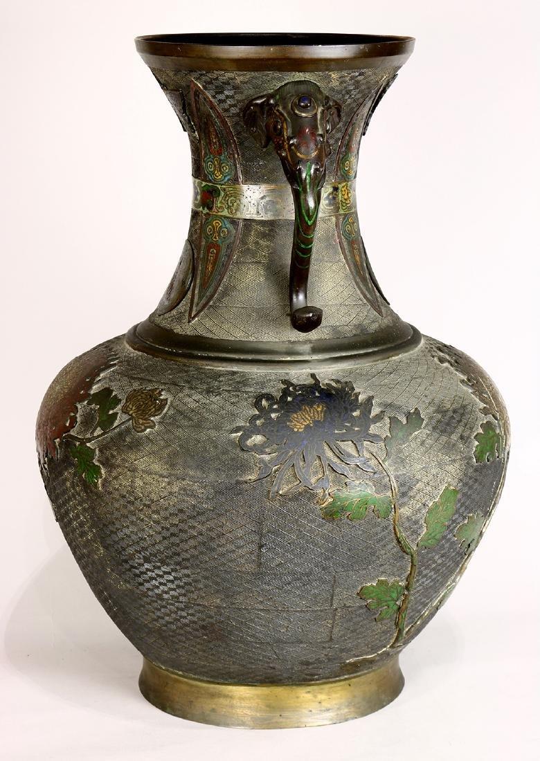 Japanese Large Champleve Cloissonne Vase, Meiji - 2
