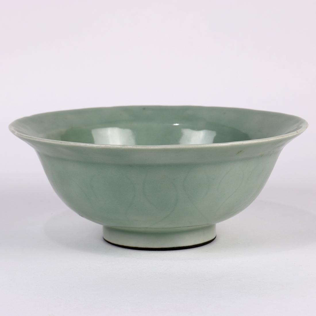 Chinese Celadon Glazed Bowl - 4