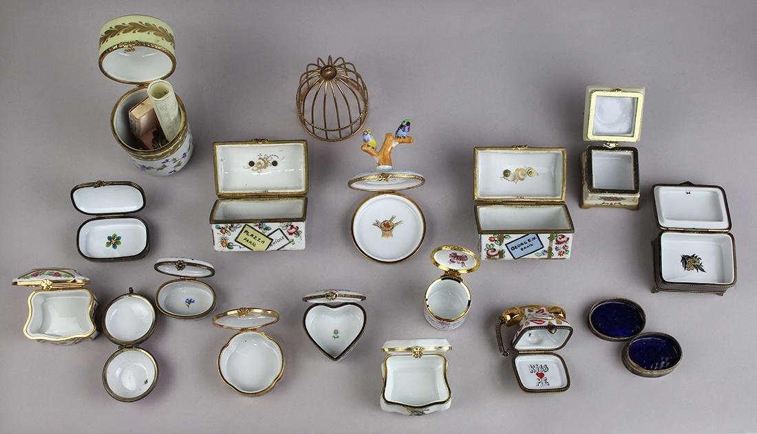 (lot of 16) French Limoges porcelain snuff box group, - 3