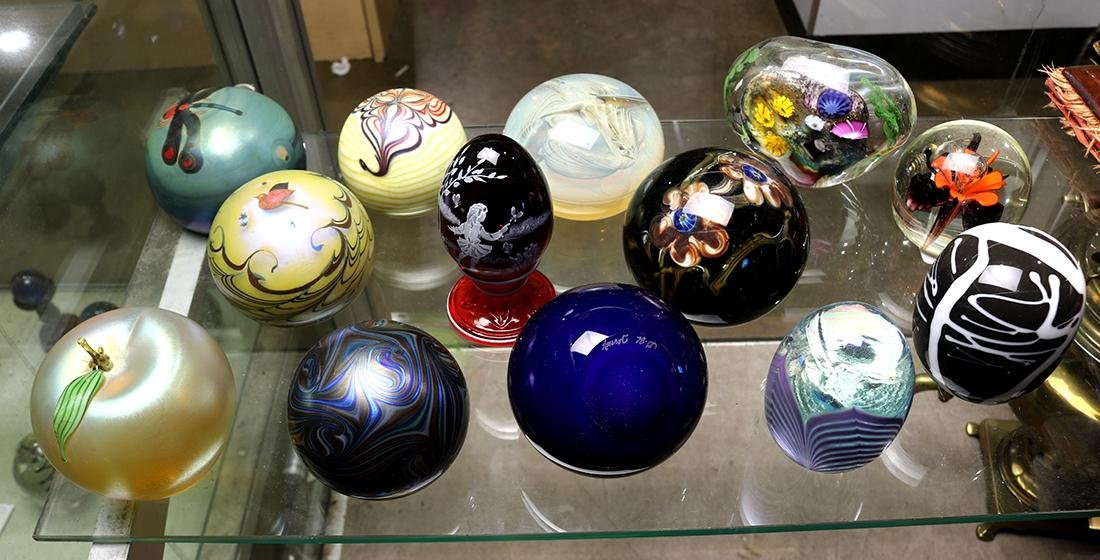 (lot of 13) Art glass paperweight group, consisting of