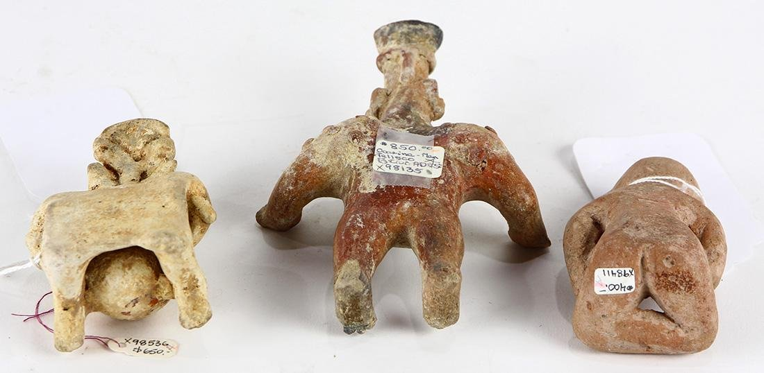 (lot of 3) Pre-Columbian figurines, consisting of (2) - 2