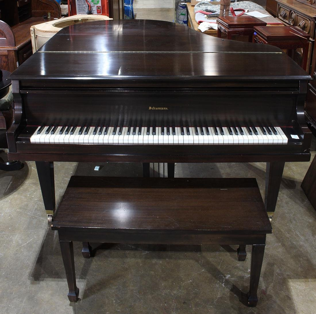 Schumann baby grand piano, serial number 51034, - 2