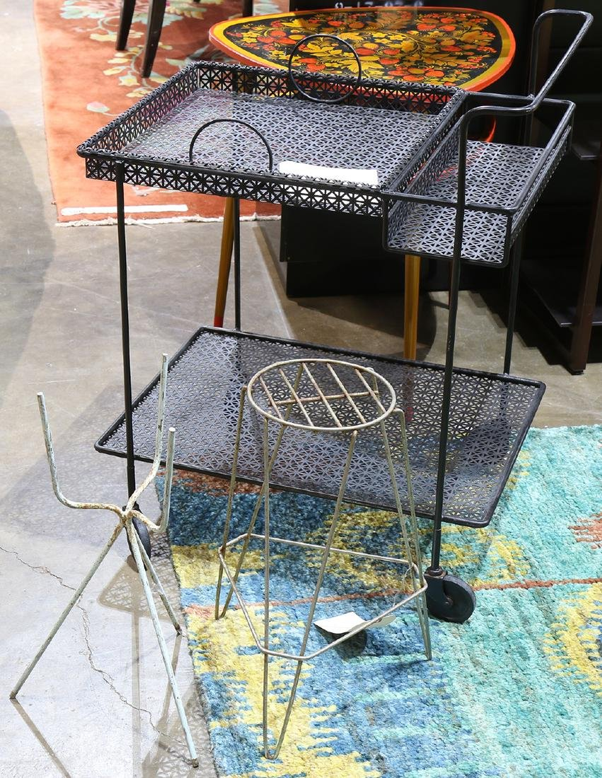 (lot of 3) Outdoor metal decorative group, consisiting
