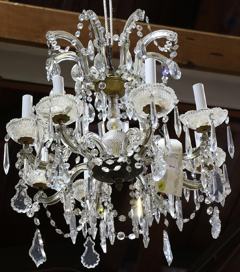 Crystal chandelier, having 8 S-form arms each