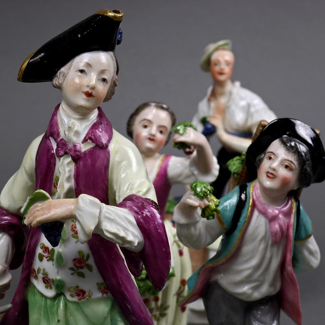 (lot of 4) Group of Continental porcelain figural