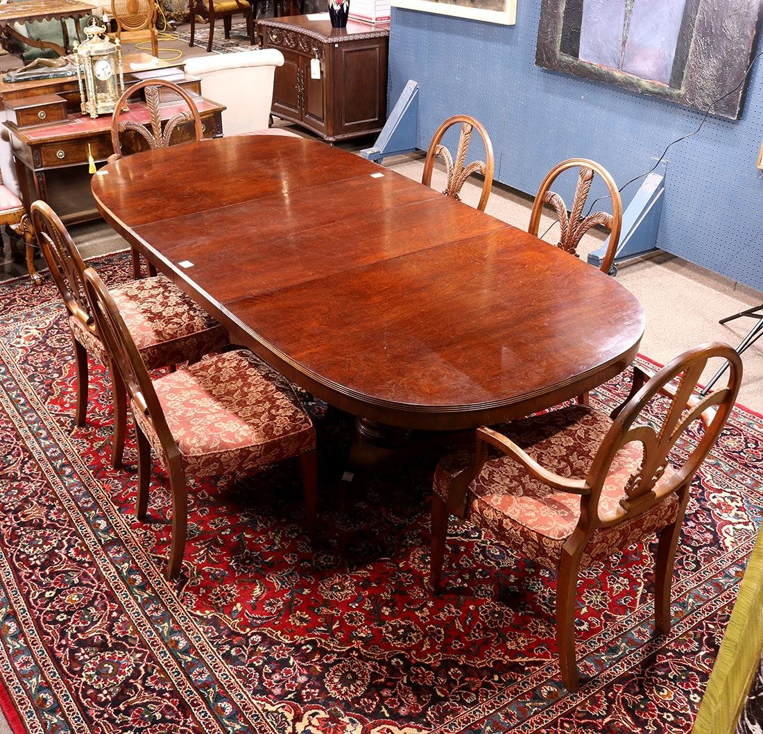 (lot of 7) Hepplewhite style dining group
