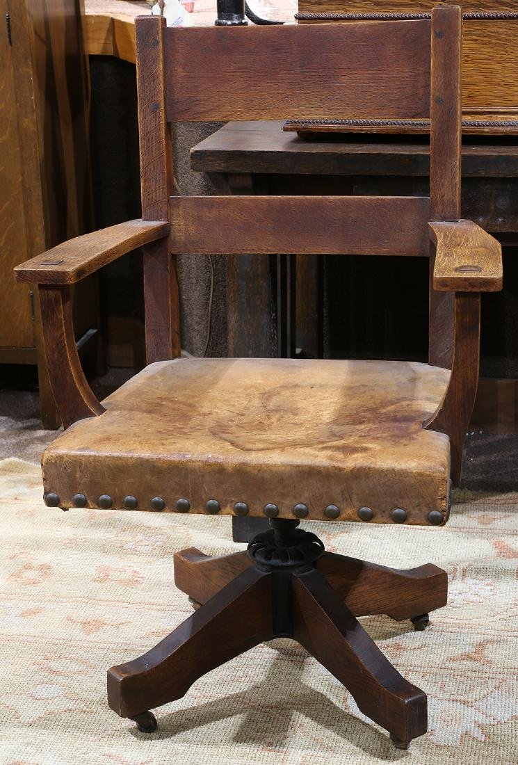 Arts and Crafts L and J.G. Stickley oak swivel chair