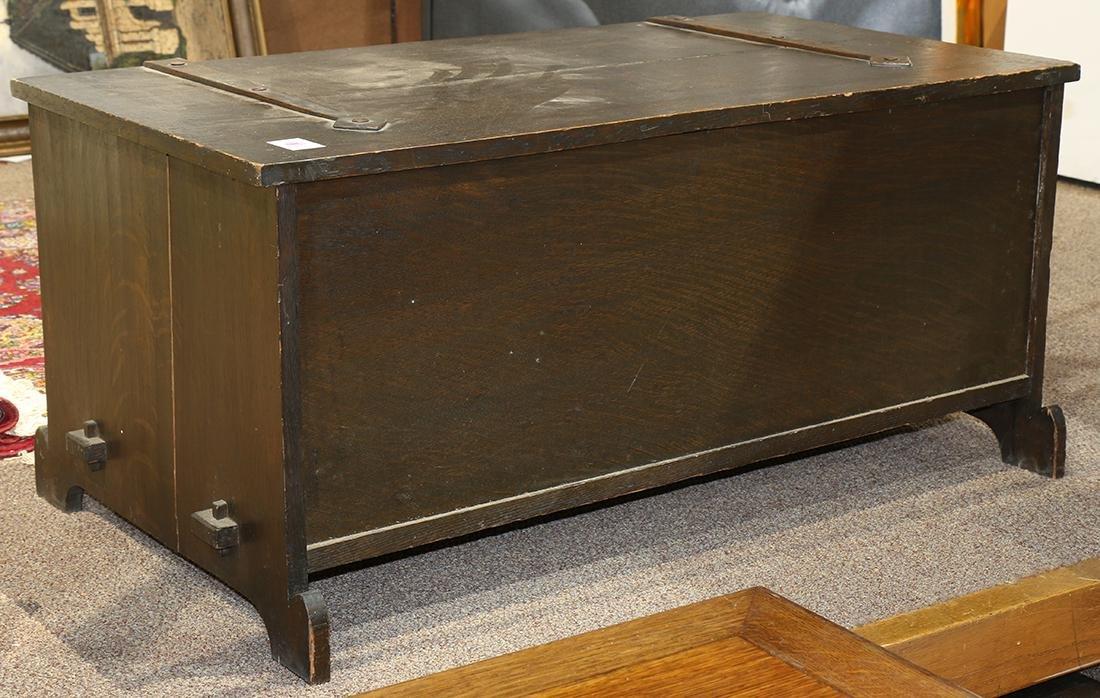 Arts and Crafts quartersawn oak blanket chest circa