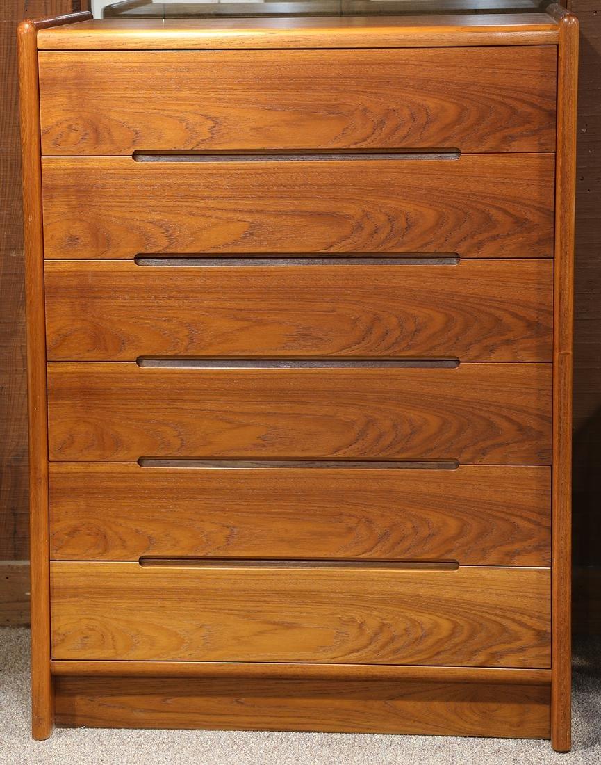 Mid-Century Modern teak chest of drawers