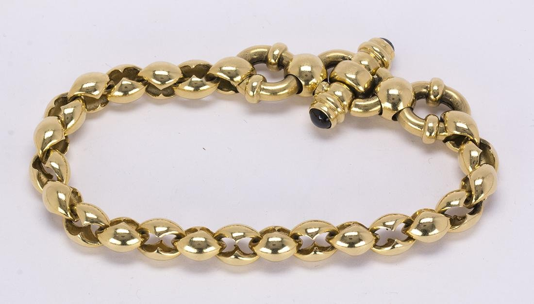 Sapphire and 18k yellow gold bracelet