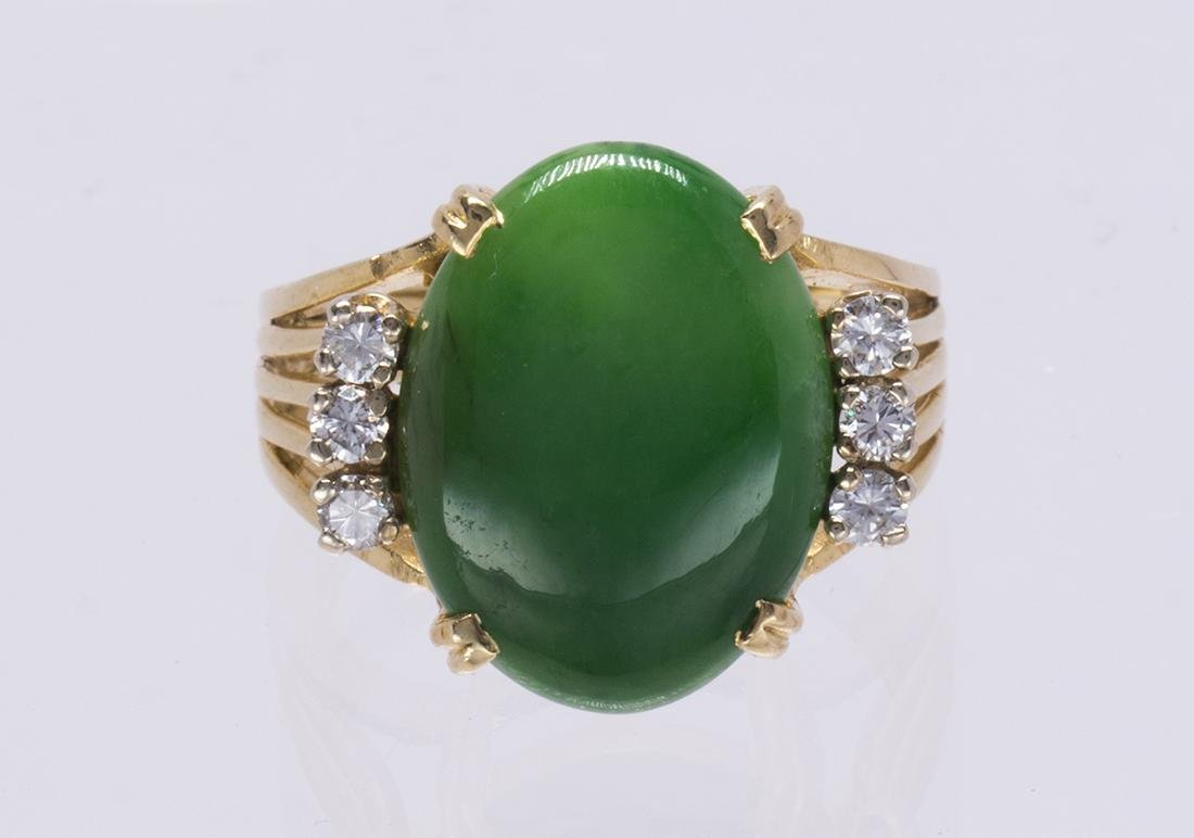 Jade, diamond and 14k yellow gold ring