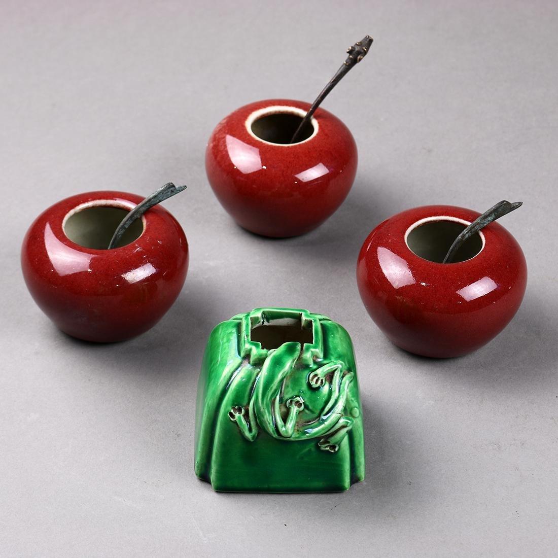 Chinese Porcelain Brush Coupes