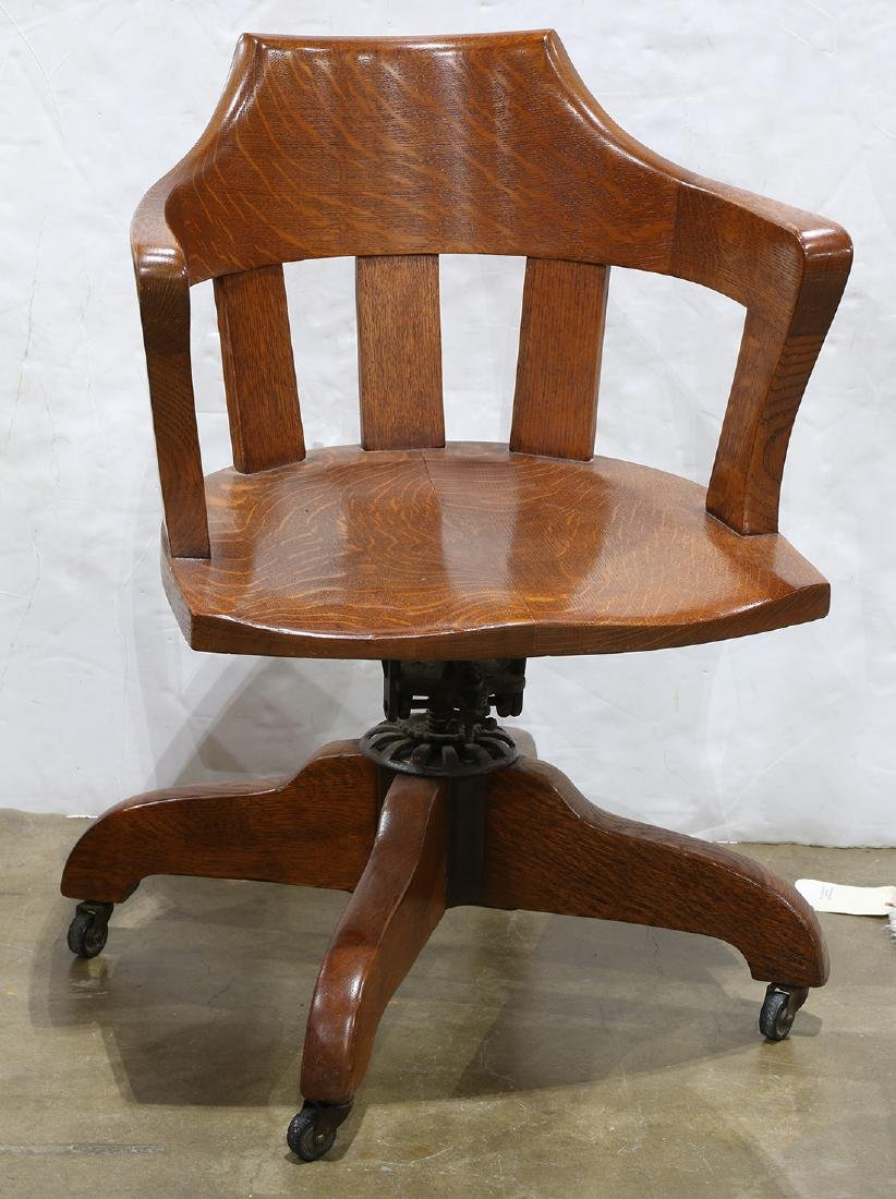 Arts and Crafts style quarter sawn oak swivel chair
