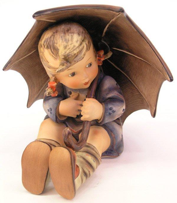 4009: Hummel porcelain figures Umbrella Girl