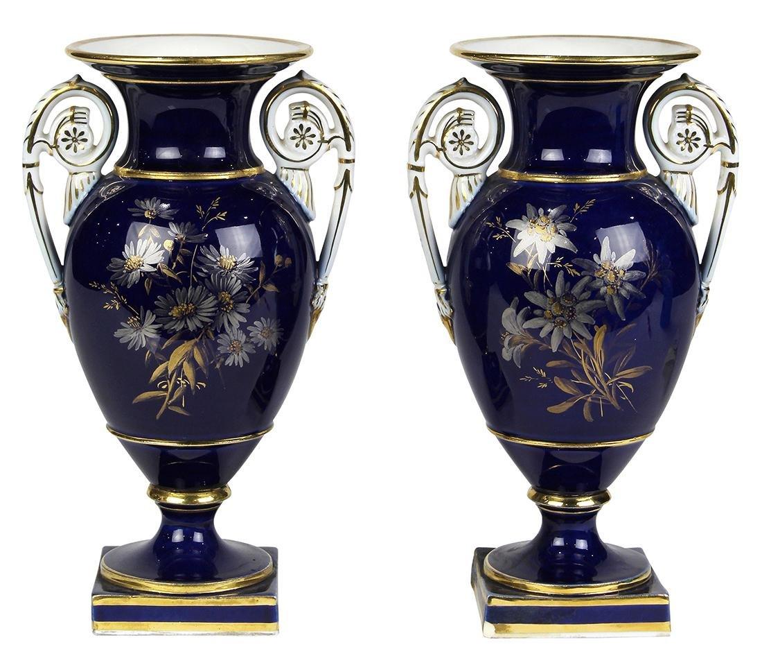 (lot of 2) Meissen porcelain urns