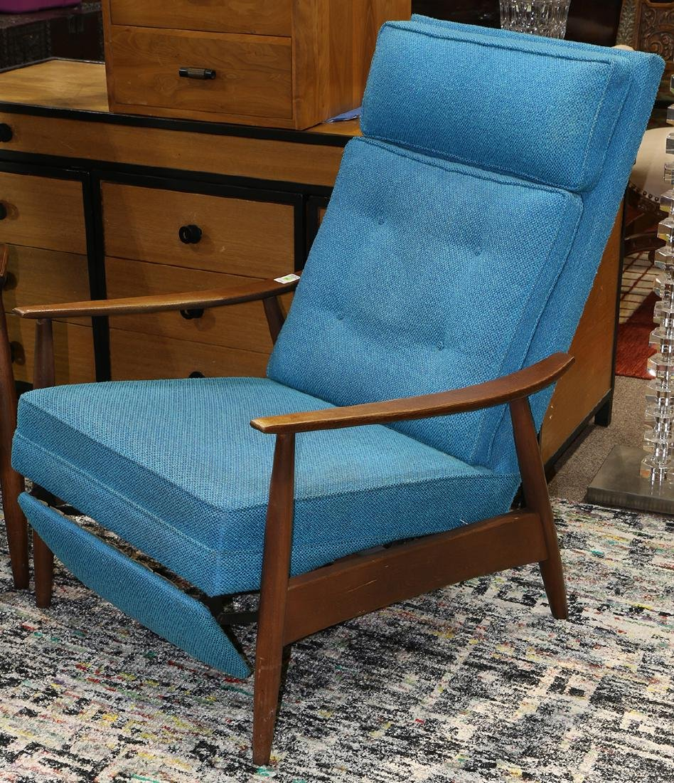 (lot of 2) Mid Century lounge chair group circa 1960 - 3