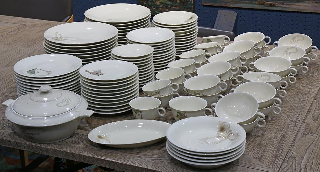 (lot of 129) French Jean Luce porcelain table service
