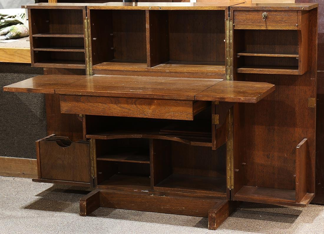 Mid-Century convertible desk, the hinged front opening