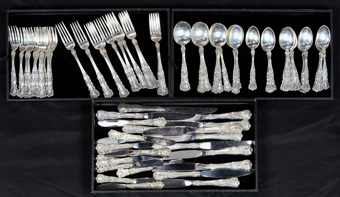 (lot of 84) Gorham sterling silver flatware service,