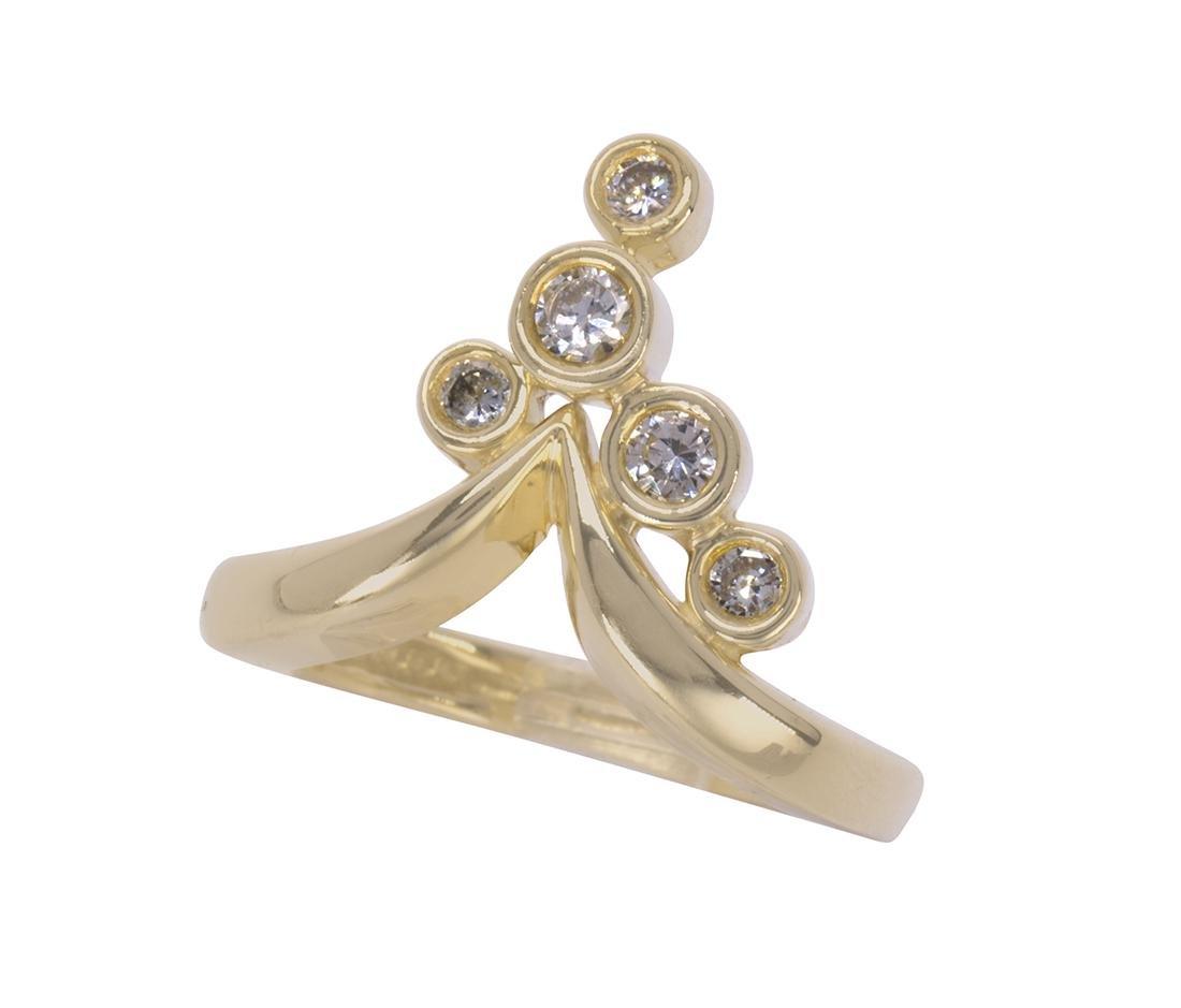 Jose Hess diamond and 14k yellow gold ring