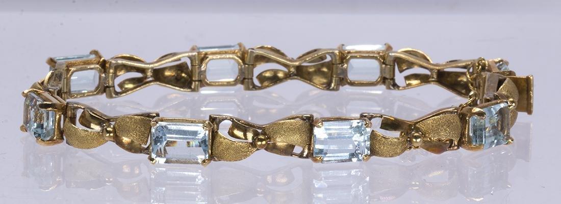 Aquamarine and 14k yellow gold bracelet