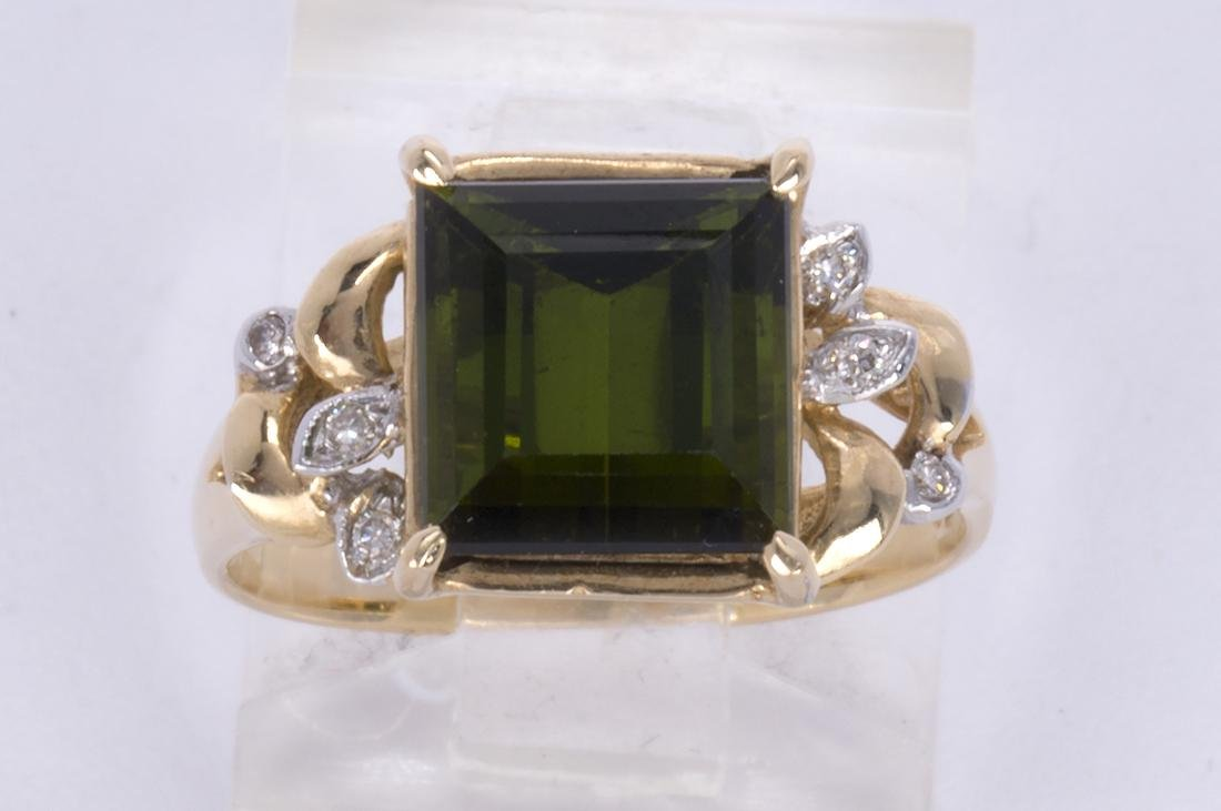 Tourmaline, diamond and 14k yellow gold ring