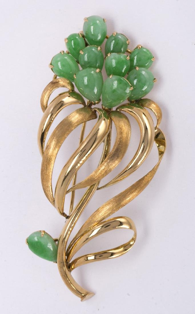 Jadeite and 14k yellow gold brooch