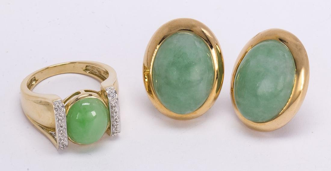 Jadeite, diamond and 14k yellow gold jewelry suite