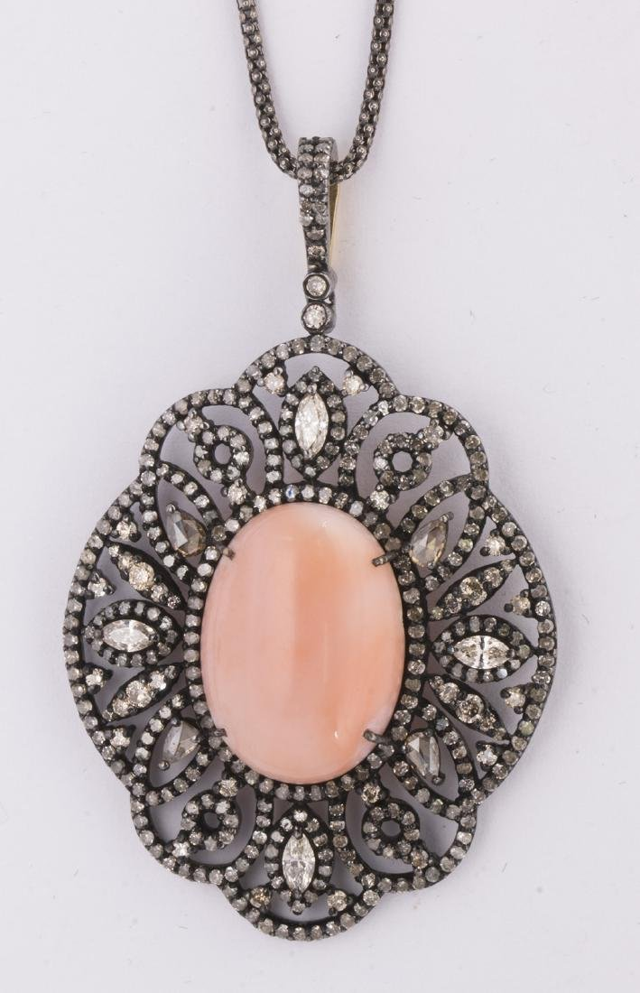 Coral, diamond, 18k yellow gold and blackened silver - 3