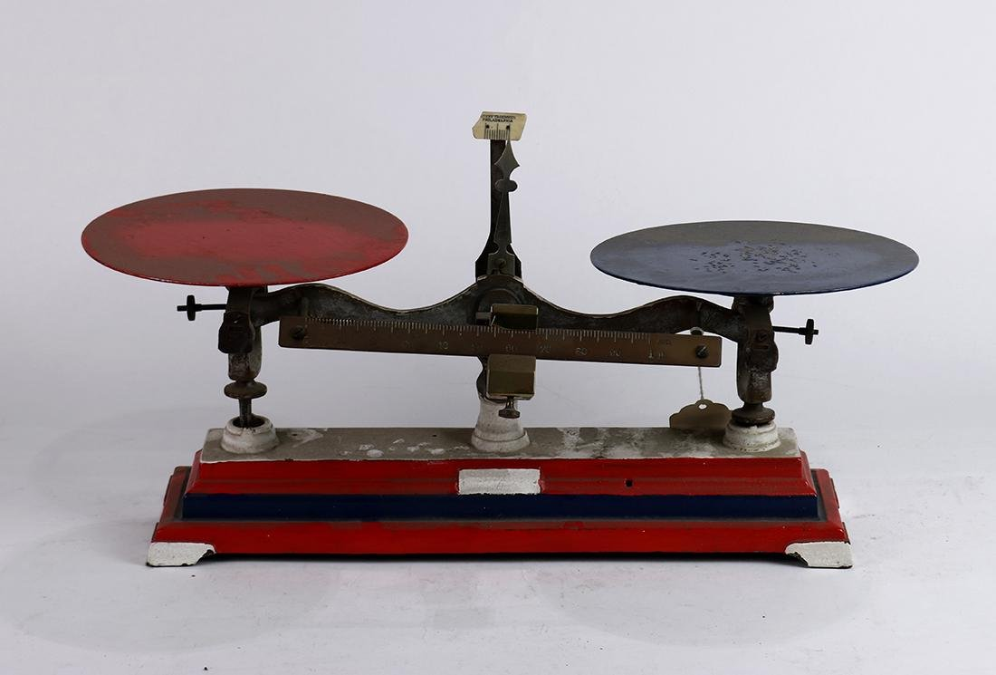 Henry Troemner cast iron balance scale, one pan painted